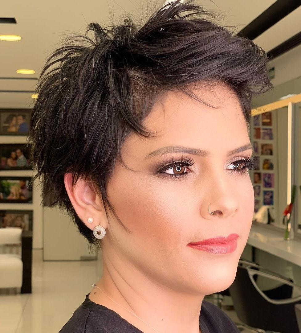 9 Short Hairstyle For Older Ladies With Fine Hair B7XBH0jAcQ2 Jpg