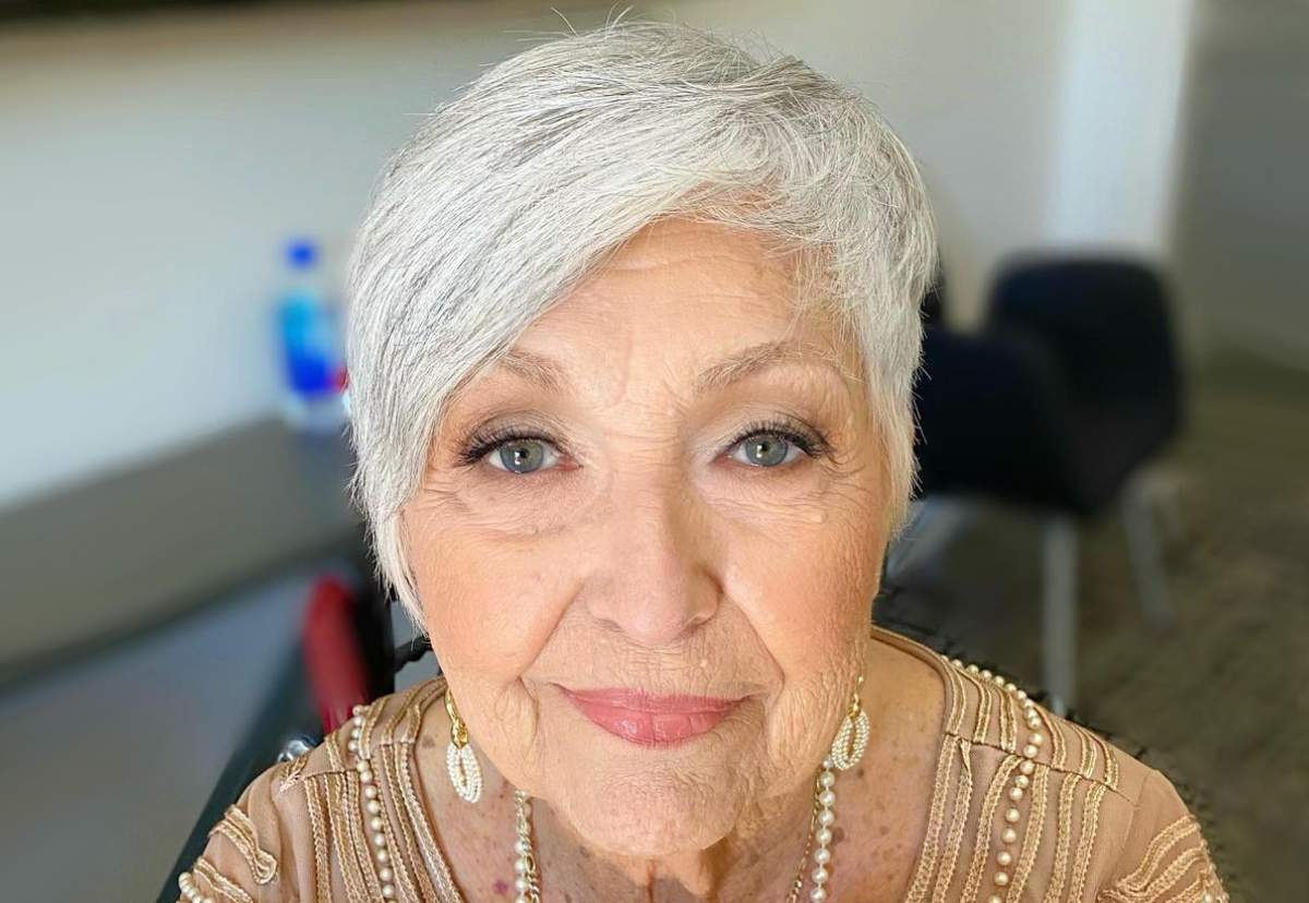 Hairstyles For Women Over 60 With Grey Hair Jpg